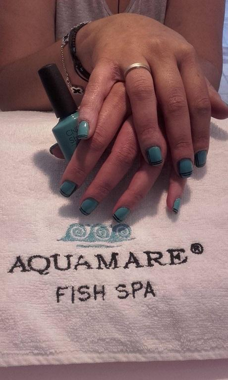 Aqua mare fish spa spa beauty center manicure for Garra rufa fish pedicure locations