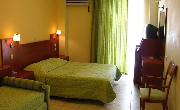 Artemis_hotel_tolo_05