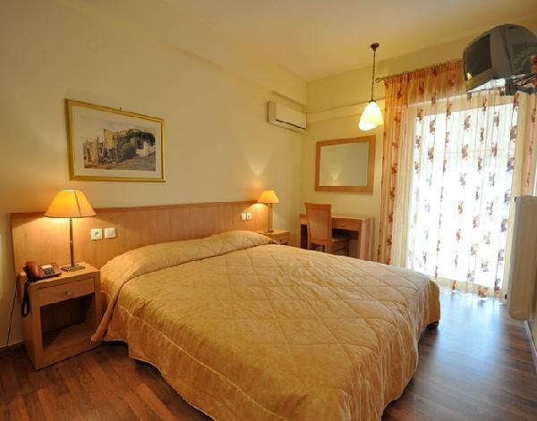 Saronis_hotel_ancient_epidavros_01
