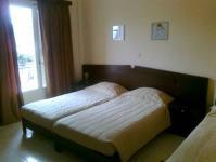 hotel_thetis_tolo_triple_room_01